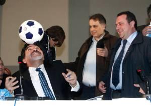 """""""No he matado a nadie, pido solo justicia"""", dice Maradona en Italia"""