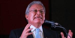 Juez decretó búsqueda y captura internacional del expresidente salvadoreño Sánchez Cerén