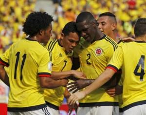 Al menos dos miembros de la Selección Colombiana de Fútbol dieron positivo por Covid-19