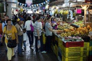 Los precios de locura de los alimentos se comen los bolsillos de los tachirenses