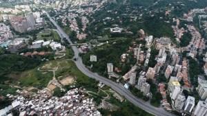 Las impactantes fotos aéreas del #ParoNacional en el sureste de Caracas el #27Jul