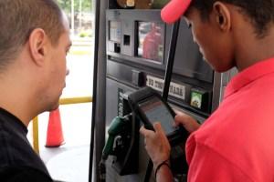 """Transporte, gas y gasolina tendrán que aumentar precios para adaptarse a la """"expresión monetaria"""""""