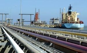 Pdvsa no ha recibido importaciones de gasolina en más de cinco semanas