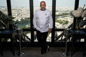 El mítico restaurante de la Torre Eiffel se renueva
