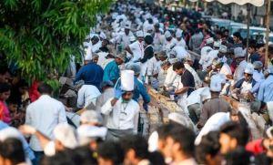 Mil quinientos panaderos indios se unieron para hornear el pastel más largo del mundo (Fotos)