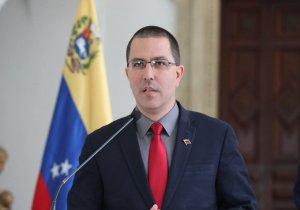 Arreaza gimoteó por el despliegue militar de EEUU en la frontera venezolana