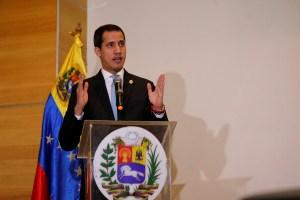 Guaidó: Saliendo de la dictadura, abasteceríamos al país de combustible en solo 15 días