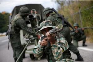 """Maduro planea """"nuevos ejercicios"""" para sus fuerzas militares en plena pandemia"""