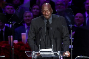 Michael Jordan recordó su épico meme en el homenaje a Kobe Bryant (Video)