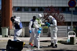 Las muertes por coronavirus bajan por tercer día en España, con 674 fallecidos