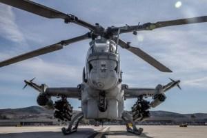 Cuerpo de Marines de los EEUU muestra la capacidad de uno de sus helicópteros más letales (VIDEO)