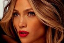 En plena cuarentena, Jennifer Lopez mostró todos sus atributos con sensual ropa íntima