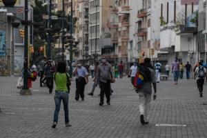 Sigue acelerándose la pandemia en Venezuela tras más de dos mil casos positivos