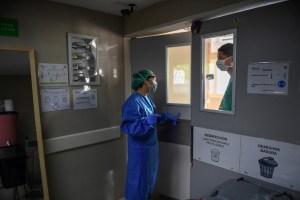 Combatir el Covid-19 en un hospital en el barrio más grande de Caracas (Fotos)