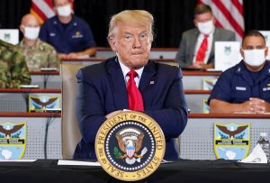 Trump en reunión con el Comando Sur: Estamos luchando para liberar a Venezuela