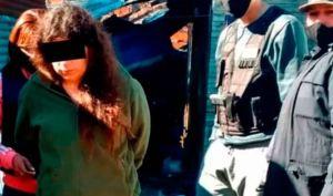 Conmoción en Argentina: Quemó a sus hijos con agua hirviendo y los entregó a su pareja para que abusara de ellos