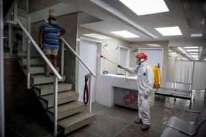 Murió de Covid-19 una médico cubana que trabajaba en un CDI de Barcelona