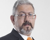Macario Schettino: Colaboracionistas