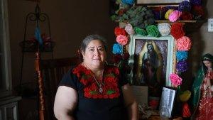 """""""Damas banqueras"""" apoyan a muchos latinos durante la pandemia en EEUU"""
