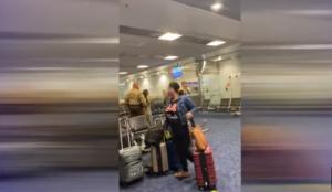 Saltó por encima del mostrador de boletos durante colapso en el Aeropuerto Internacional de Miami