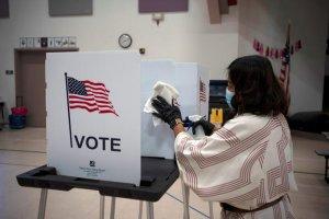 TikTok lanzó una guía electoral de EEUU para combatir la desinformación