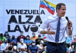 """""""Venezuela alza la voz"""", el eslogan que Maduro pretende arrebatarle a Guaidó"""