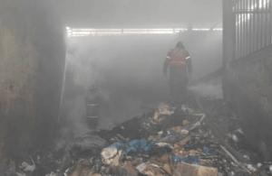 Reportan incendio en el CC Propatria de Caracas #22Oct (fotos)