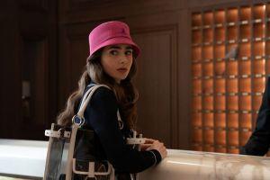 """""""Emily in París"""", de la serie al fenómeno de moda"""