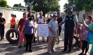 Habitantes de Agua Salada protestan por falta de gas y agua