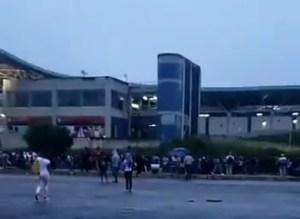 Caos por retraso en el Ferrocarril de los Valles de Tuy #27Nov (Video)