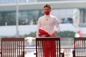 Piloto de Ferrari Leclerc, en aislamiento tras dar positivo de Covid-19