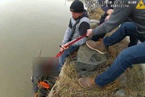Policías rescataron a una mujer que se lanzó al río Hudson de Nueva York