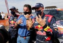 """""""Monsieur Dakar"""" lo hizo de nuevo: Peterhansel ganó su título 14 y firmó un récord en el Rally"""