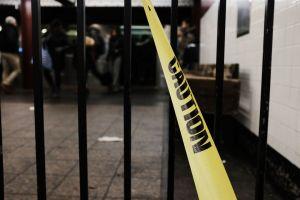 Hombre fue empujado a los rieles en la estación del metro de Times Square