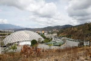 Hospital de campaña del Poliedro de Caracas no escapa al colapso sanitario