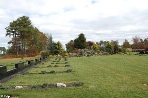 Trabajador de un cementerio murió tapiado por la tierra que él mismo cavó