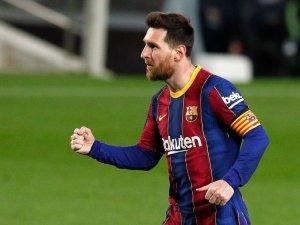 Messi habría aceptado la oferta del Barcelona para renovar su contrato