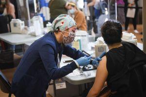 Nueva York ha vacunado contra el Covid-19 a más de 5 millones de ciudadanos