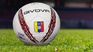 Arranca el fútbol de Venezuela en medio de repunte de Covid-19
