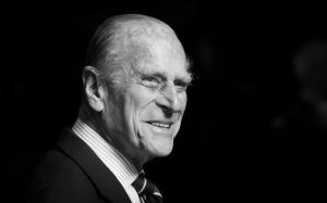 Brazaletes negros y un minuto de silencio: Así homenajearán en la Premier League al príncipe Felipe