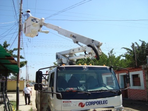 Los trabajadores eléctricos venezolanos, convertidos en comerciantes para poder subsistir