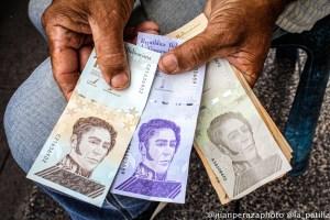 En julio el salario integral en Venezuela se devaluó más de un dólar