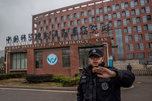 Investigación concluyó que la teoría de la fuga del coronavirus en laboratorio de Wuhan es posible