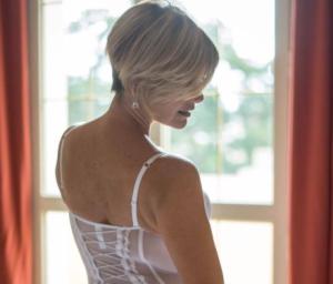 Y con una ropa íntima transparente, la señora más sexy de Venezuela invadirá tu mente (FOTO)
