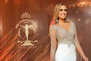 Ana Karina Jardim brilló como animadora del Miss y Mister Supranational Venezuela