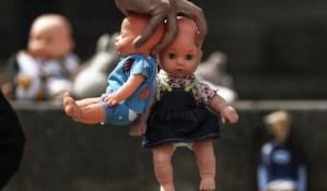 ¡Atroz! Colombiana presa por castigar a su hijo quemándole la boca