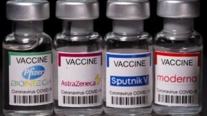 Nuevos estudios sugieren que combinar dosis de dos vacunas diferentes contra el Covid-19 es más efectiva