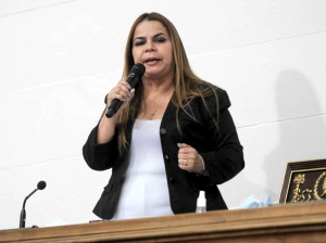 Infobae: Iris Varela montó un ejército personal de presos