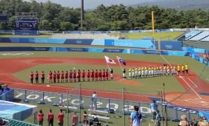Competición deportiva en los Juegos de Tokio arrancó con el torneo de sóftbol