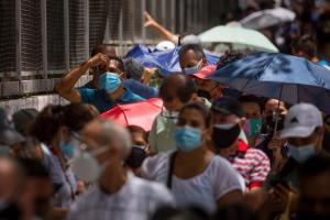 Chavismo reportó más de mil 100 nuevos casos y 17 fallecidos a causa del Covid-19